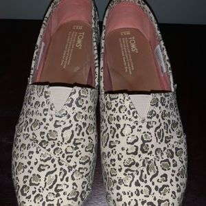 Cheetah Toms